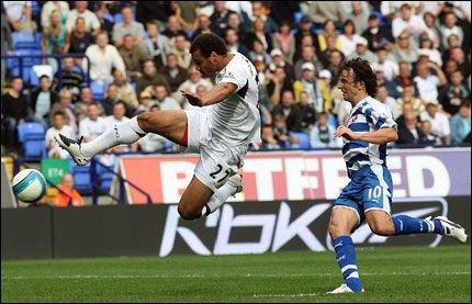 Daniel scorer for Bolton. (Foto: Empics)