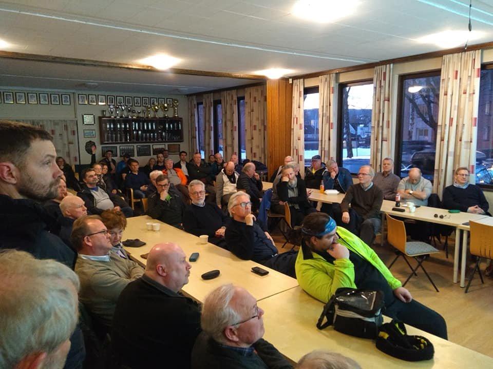 Mange var møtt fram for å høre om planene