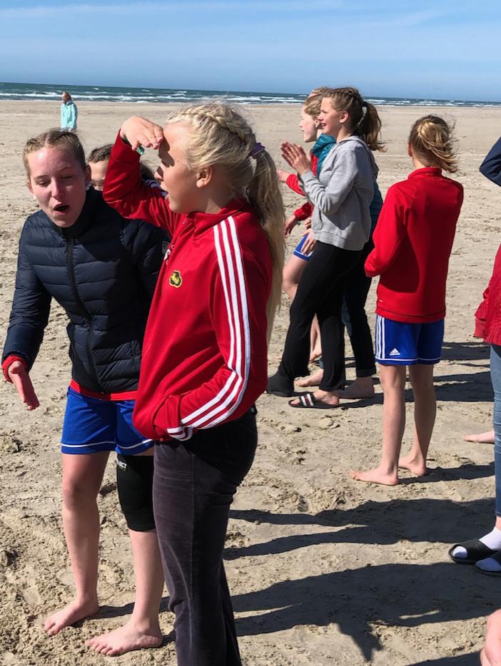 """Den viktigste """"kampen"""" ble spilt på stranda!"""