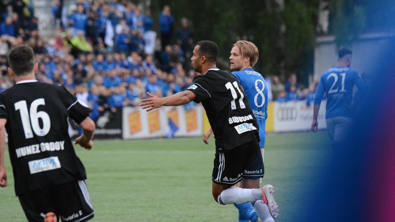 Johnny Buduson scoret mot Kjelsås, som han gjorde i cupkampen tidligere i går. (Arkivfoto: Anders Vindegg)