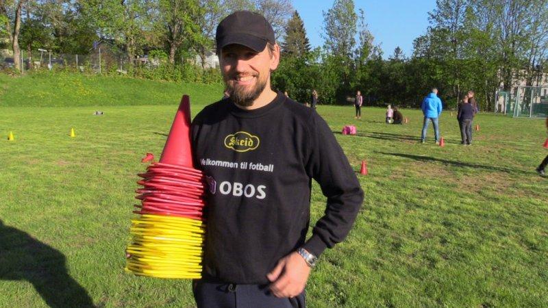 Thomas Magnussen Wiig er en av trenerne.